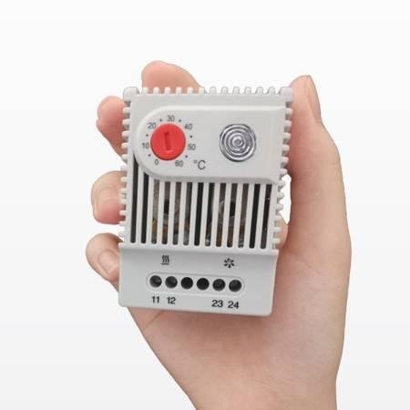 Termostat mini  0°+60°C - KTO-021 - 230VAC - regulator z kontrolką